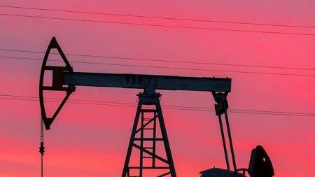 Dünya bazarlarında neftin qiyməti 60 dollara çatdı