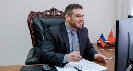 """Rusiyalı politoloq: """"Nikol Paşinyan Ermənistanın indi olduğu inkişaf səviyyəsinə uyğundur"""""""