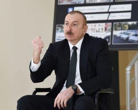 """Prezident: """"Azərbaycana yeni müasir silahlar gətirilir"""""""